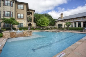 Three Bedroom Apartments for Rent in San Antonio, TX - Pool with Fountain