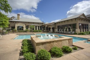 Three Bedroom Apartments for Rent in San Antonio, TX - Pool with Fountain (2)